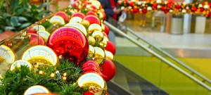holiday lighting for malls and plazas